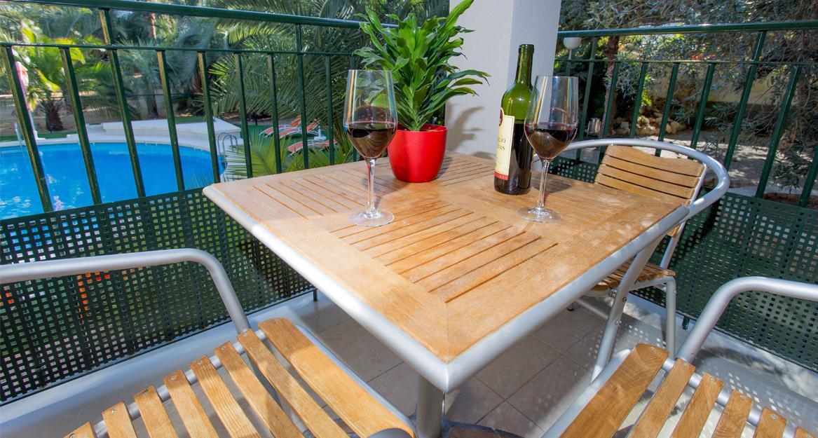 Apartamentos El Palmeral de Madaria - APHA - Asocacion de hoteles y alojamientos turisticos de la provincia de Alicante