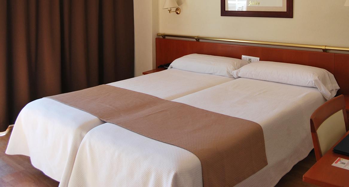 Asociacion de hoteles y alojamientos turisticos de la provincia de Alicante 7