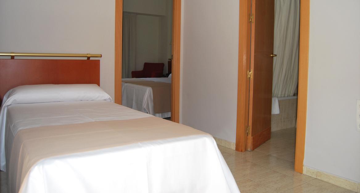 Estudiotel Alicante - APHA - Asociacion de hoteles y alojamientos turisticos de la provincia de Alicante 4.