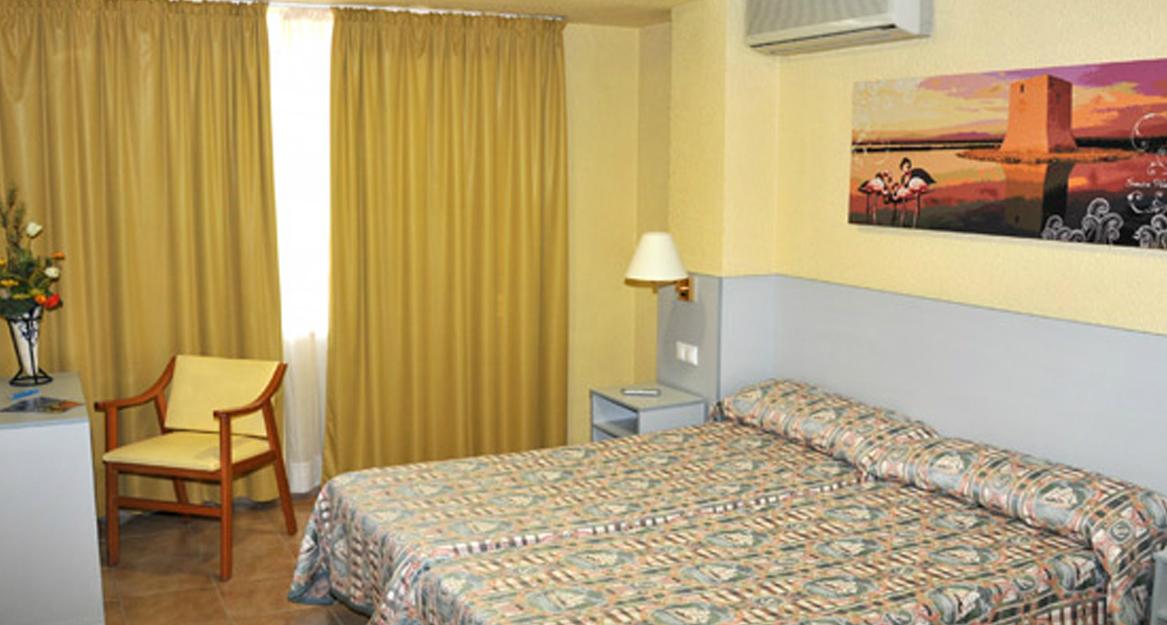 Hotel Restaurante Salvadora - APHA Asociación de Hoteles y Alojamientos turísticos de la provincia de Alicante3