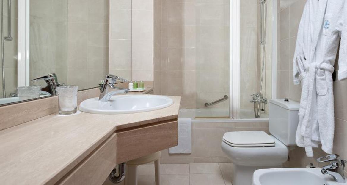 NH Rambla de Alicante - APHA Asociación de Hoteles y Alojamientos turísticos de la provincia de Alicante3
