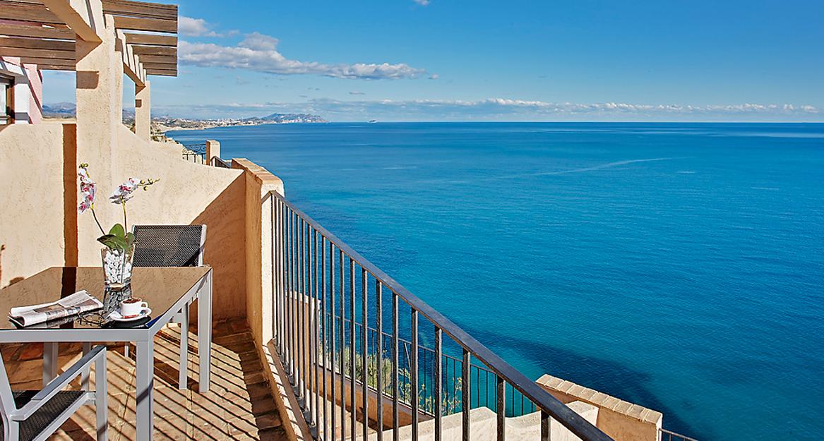 partamentos Pueblo Acantilado Suites - APHA Asociacion de hoteles y apartamentos turisticos de la provincia de Alicante 2