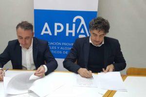 APHA firma un convenio con Turisme Comunitat Valenciana para promoción y márketing